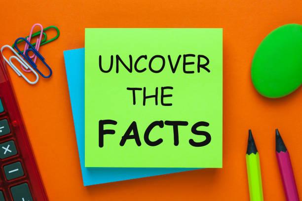 entdecken sie die fakten konzept - wahre lügen stock-fotos und bilder