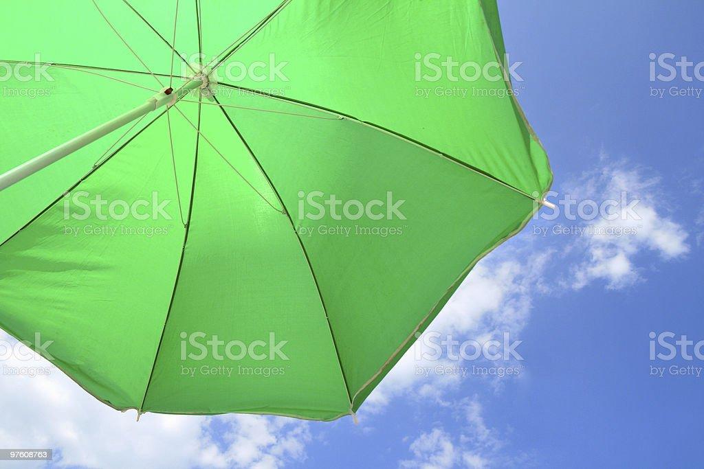 En Vert parasol photo libre de droits