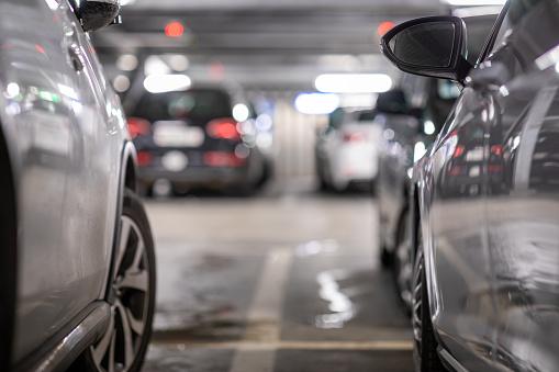 Underground Garage Or Modern Car Parking - zdjęcia stockowe i więcej obrazów Bez ludzi