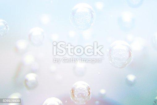 962817120 istock photo underwater bubbles 526929935