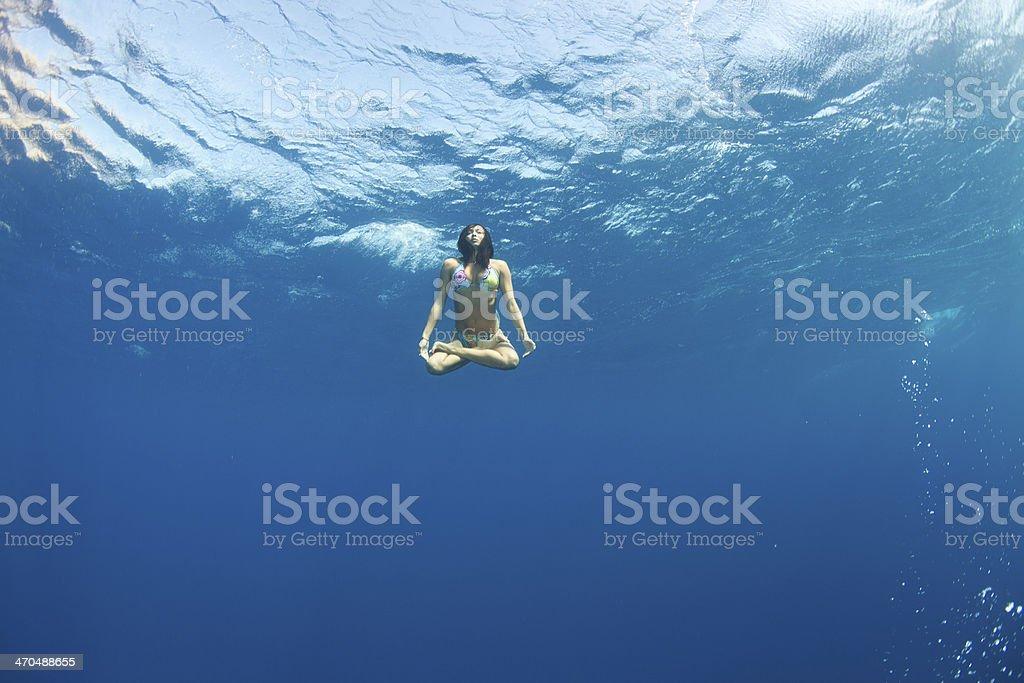 Unterwasser-lotus-Pose – Foto
