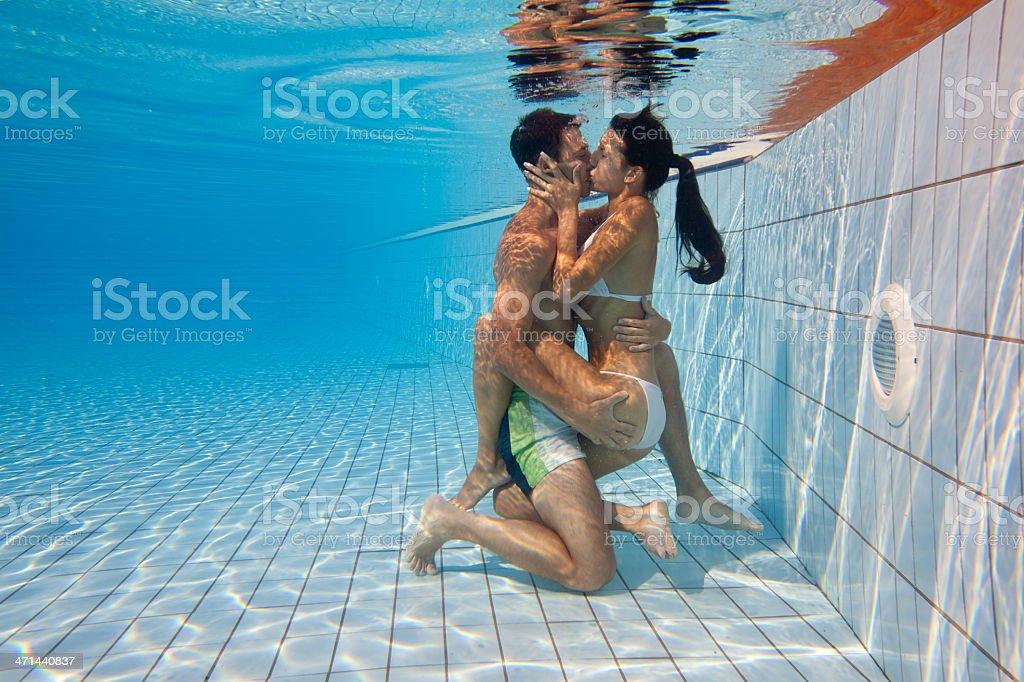 Swiming pool sex
