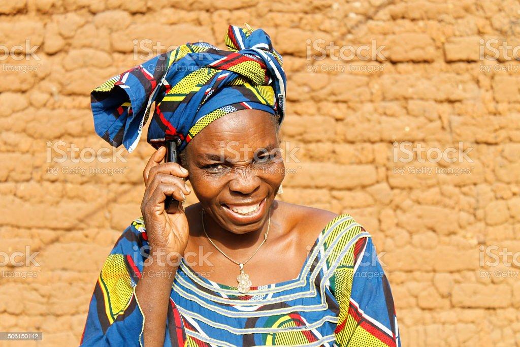 Une femme au telephone stock photo