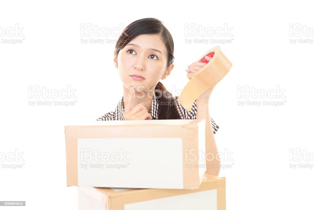 Mujer asiática incómodo. - foto de stock