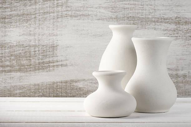 unglazed keramikvasen - keramik vase stock-fotos und bilder