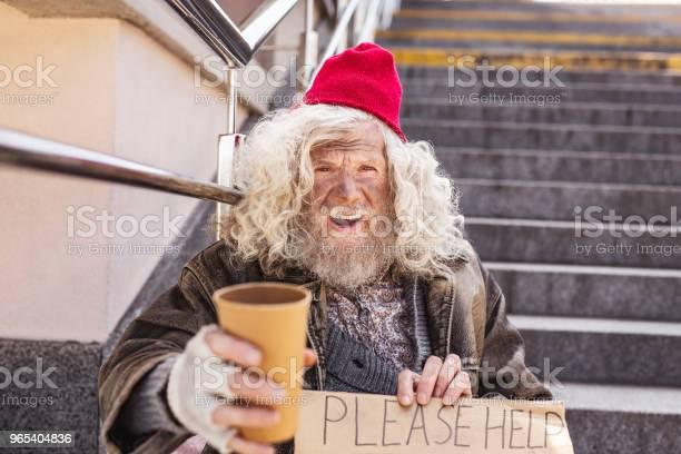 Foto de Infeliz Homem Envelhecido Olhando Pra Você e mais fotos de stock de Adulto