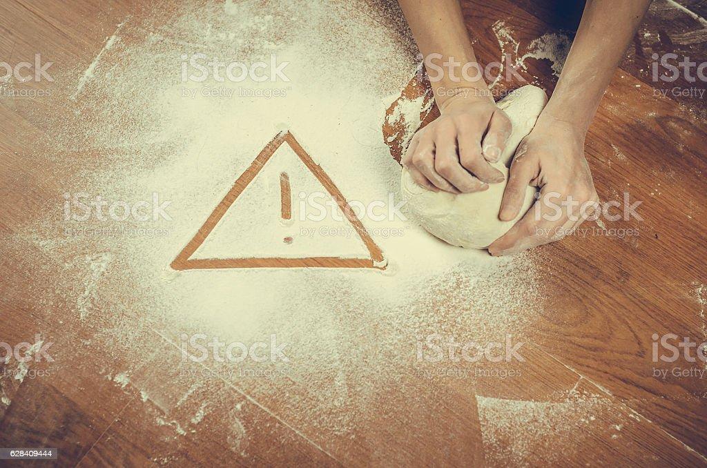 Unhealthy white flour or dough - foto de acervo