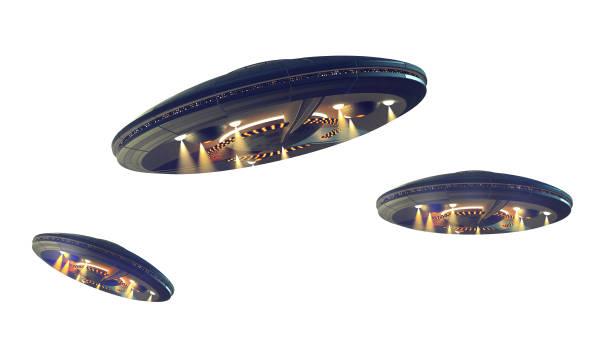 niet-geïdentificeerde vliegende objecten met uitknippad - ufo stockfoto's en -beelden
