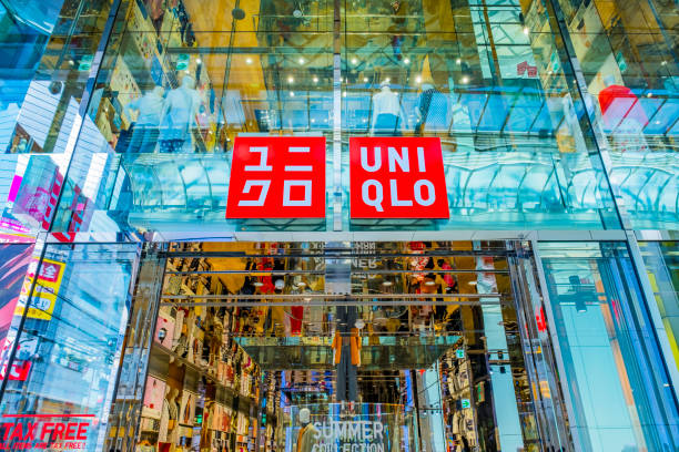 Uniqlo Co empresa japonesa de ropa casual - foto de stock