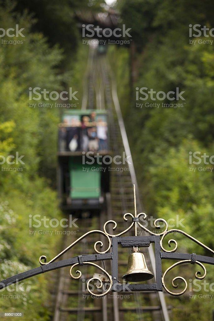 Esclusiva Lynton & Lynmouth Cliff ferroviaria di passare alla collina foto stock royalty-free