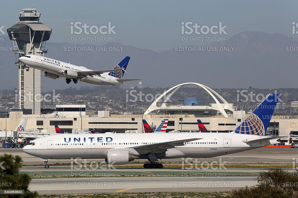 A United Airlines aviões Aeroporto Internacional de Los Angeles - foto de acervo