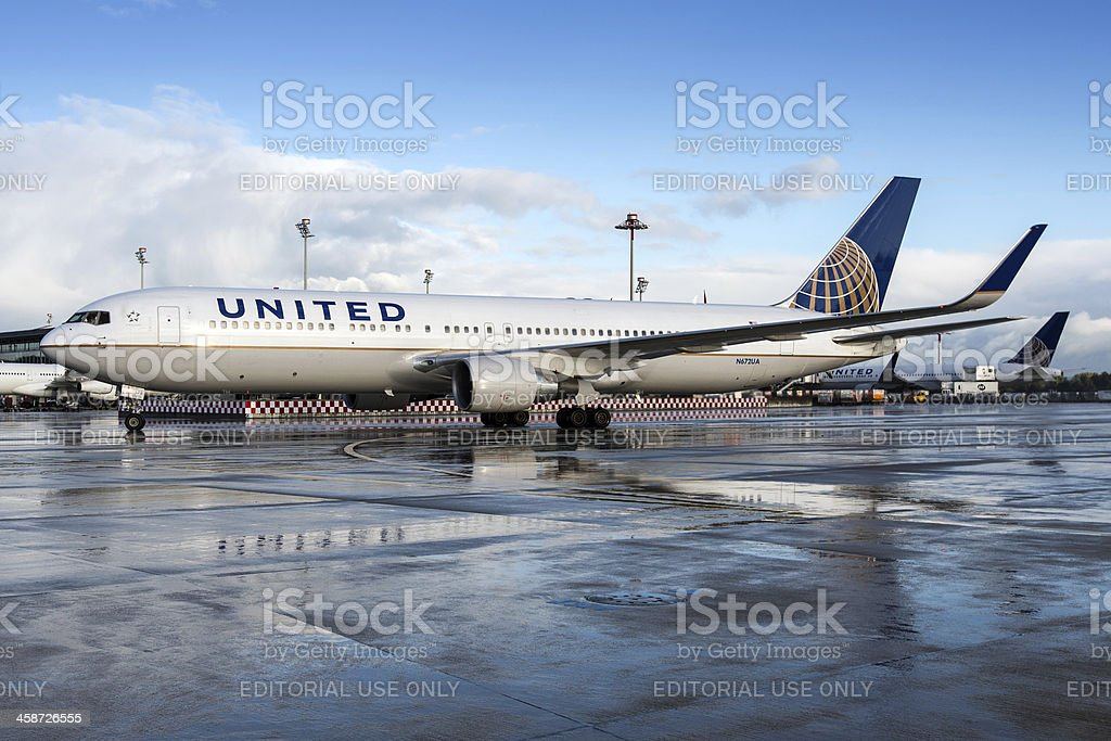 United Airlines Boeing 767-300/ER stock photo