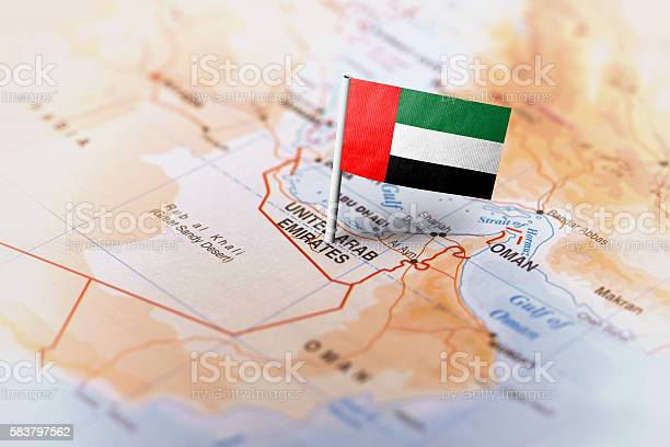 United Arab Emirates Pinned On The Map With Flag 0명에 대한 스톡 사진 및 기타 이미지
