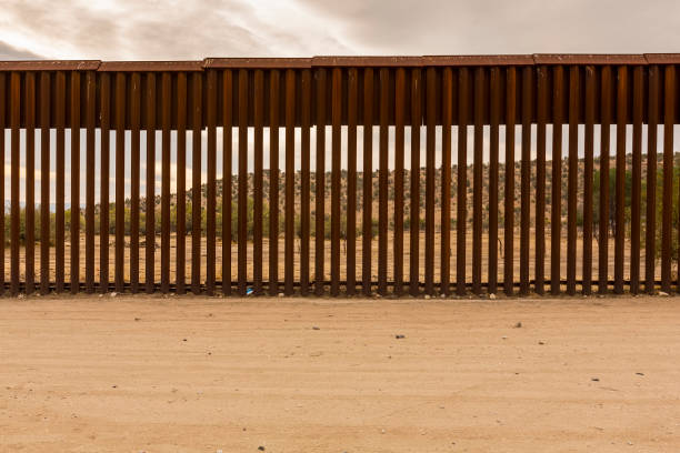united states border wall with mexico - mexico stock photos and pictures