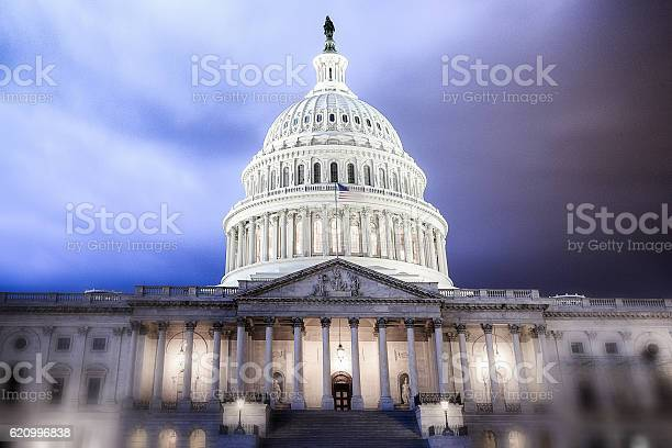 United states capitol building calm before the storm picture id620996838?b=1&k=6&m=620996838&s=612x612&h=fi9zmglly1dd7qljz2dv5cehde zxanhbmzguqxt 4g=