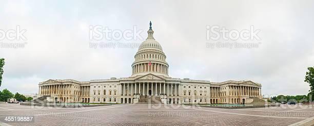 United states capitol building in washington dc picture id455198887?b=1&k=6&m=455198887&s=612x612&h=npplx0jie3 tssztpy3p rhbj4mxell9pjzma8ymsls=