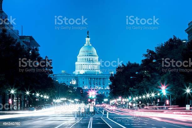 United states capitol building night view with car lights trails picture id494340760?b=1&k=6&m=494340760&s=612x612&h=m4h45dnxwvzkbcojrkvovsjelw26kjxks7yresratpg=