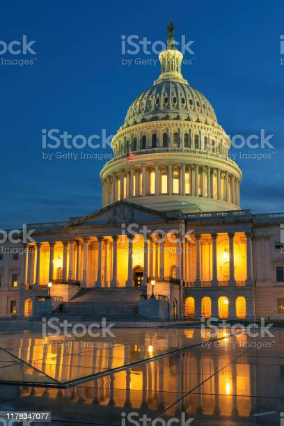 United states capitol picture id1178347077?b=1&k=6&m=1178347077&s=612x612&h=qdctlglocmsq65vqh4c4y0vfp9 qop 0gtntccpwjko=