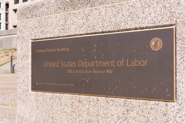 United States Department of Labor, Washington DC Sign on the exterior of The Francis Perkins building at 200 Constitution Avenue NW in Washington DC, USA.  Building is used by United States Department of Labor employment and labor stock pictures, royalty-free photos & images