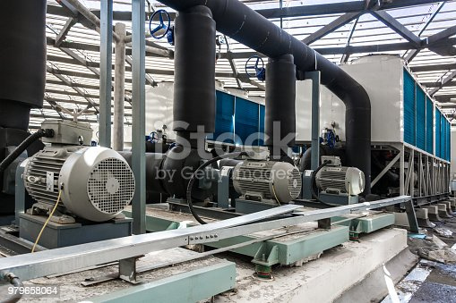 istock AC units on top of building 979658064