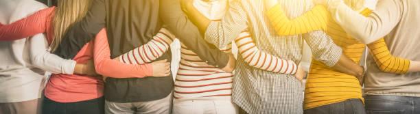unity en teamwork concept. - medewerkerbetrokkenheid stockfoto's en -beelden