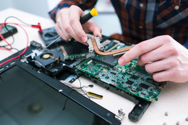 Hochschulwissen Bildung Computer-Ingenieur – Foto