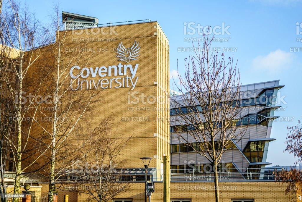 Universidad de Coventry en el Reino Unido, edificio de ingeniería - foto de stock