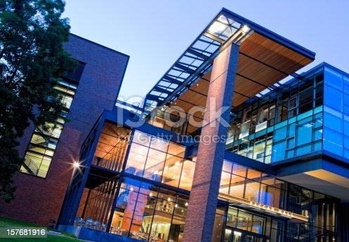 istock University of Washington Paccar Hall 157681916