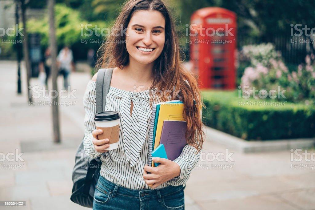 Studentin in London city – Foto