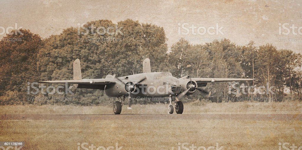 Unmarked bomber flying - foto stock