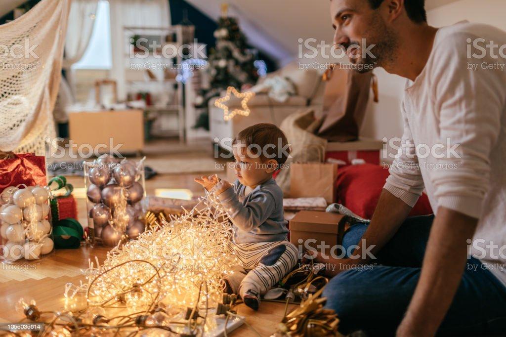 Entwirren Weihnachtsbeleuchtung – Foto