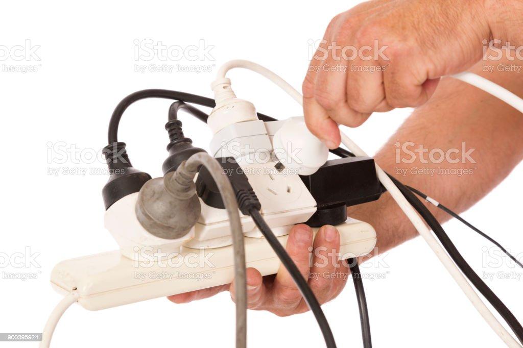 Unsichere elektrische Kabel – Foto