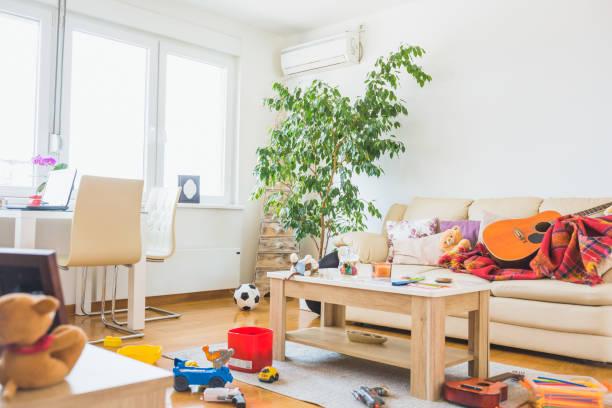 Wohnung Chaos Bilder Und Stockfotos Istock