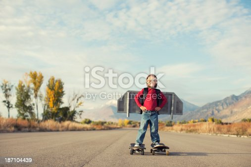 472091427 istock photo Up and Away 187104439