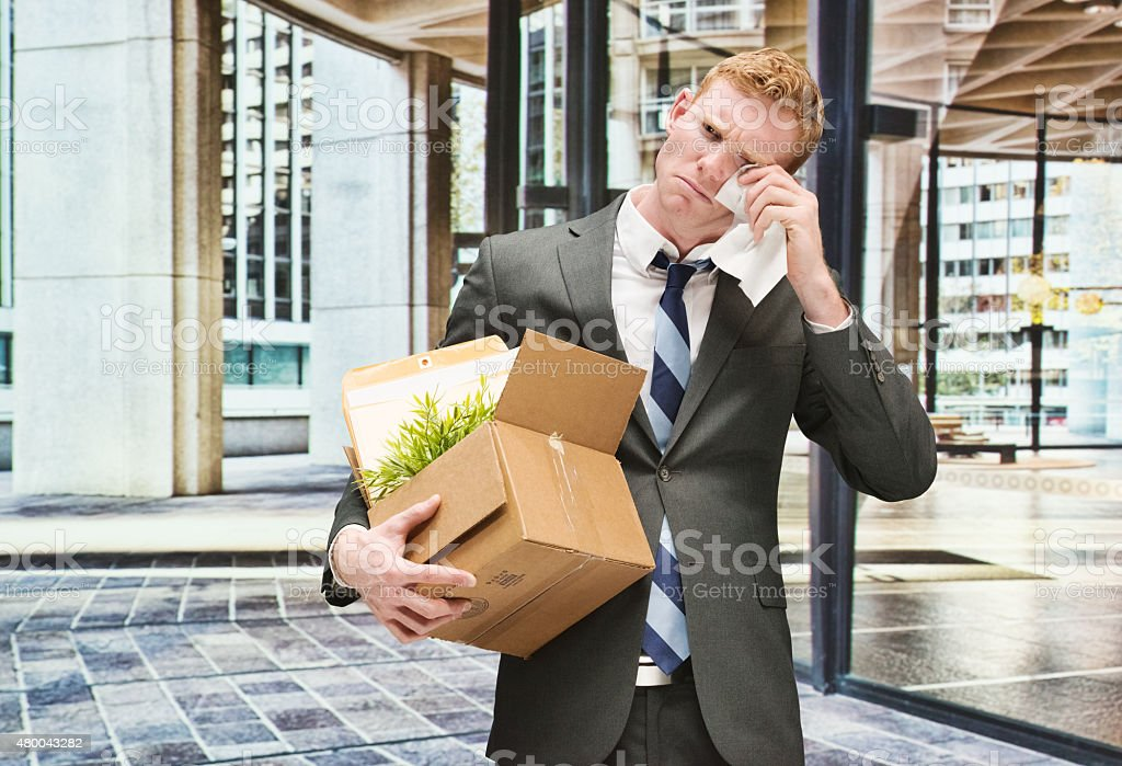 Verärgert Geschäftsmann Weinen für job verlieren – Foto