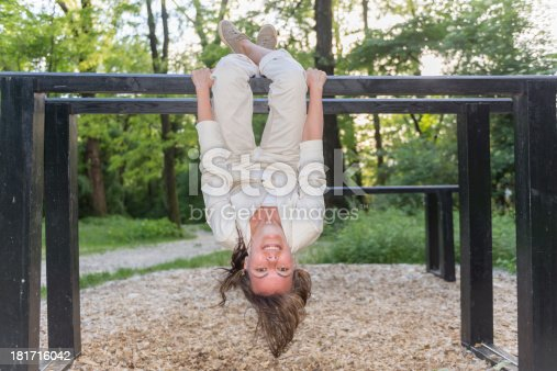 istock Upside down 181716042