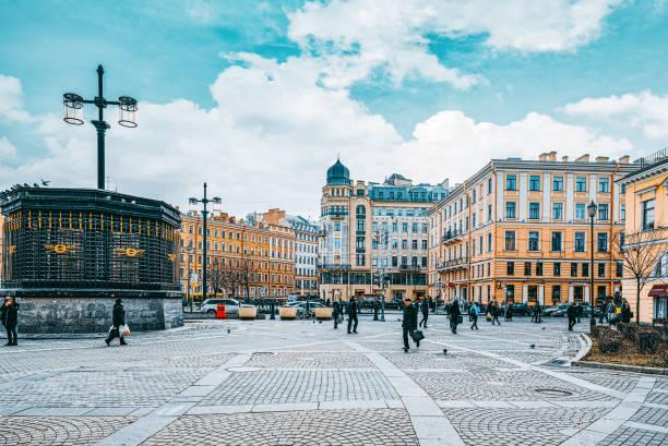 Saint Petersburg kentsel ve tarihsel olarak güzel şehir manzarası. Rusya. stok fotoğrafı