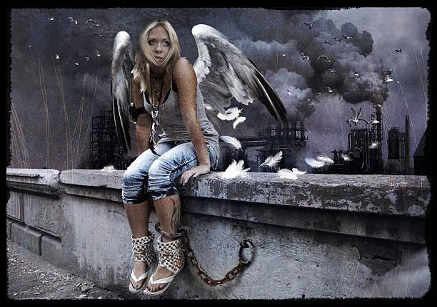 urban angel - schmuck engel stock-fotos und bilder