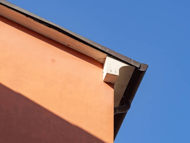 Urban architecture, detail of the building cover and eaves - foto stock
