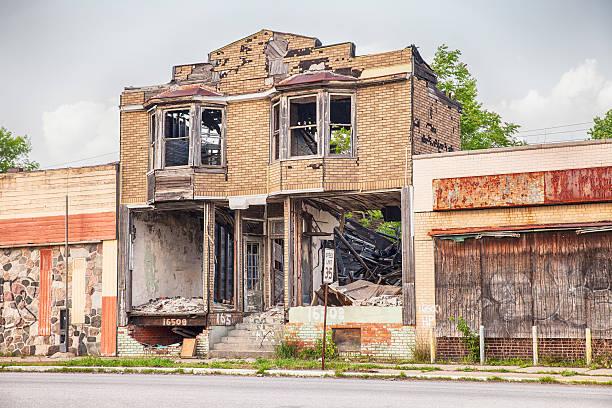 urban verhängnis in detroit - schlechte laune sprüche stock-fotos und bilder
