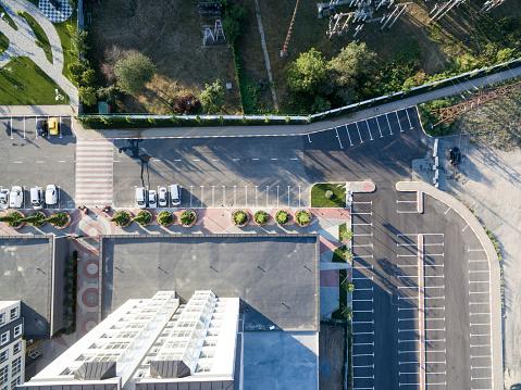 Kentsel Avlu Yüksek Katlı Bina Üstten Görünüm Stok Fotoğraflar & Apartman'nin Daha Fazla Resimleri