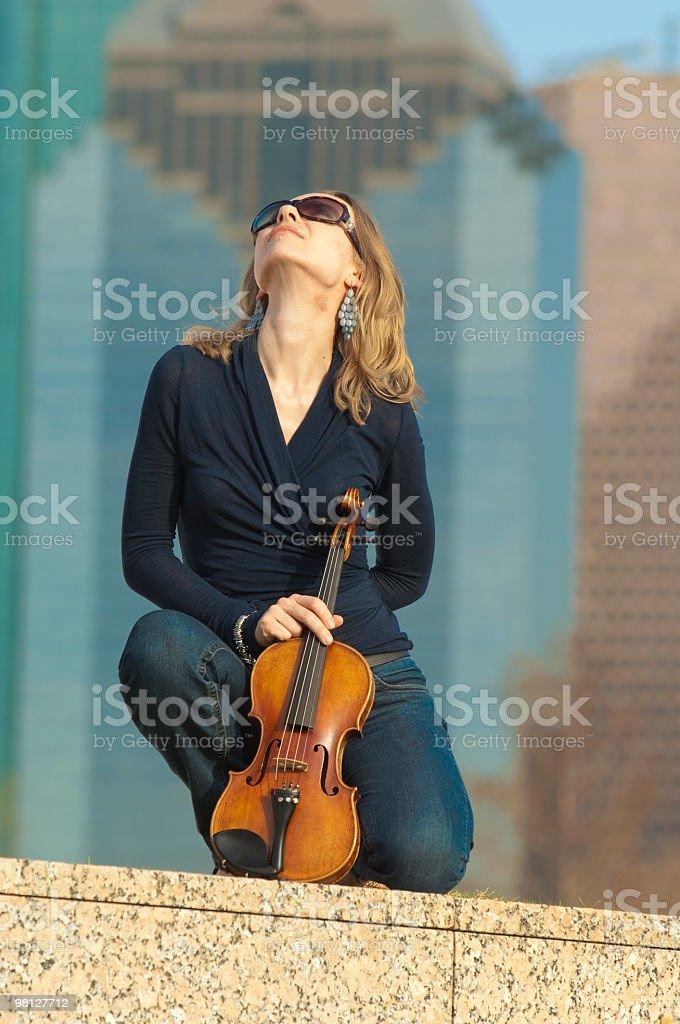 Urban violinista foto stock royalty-free