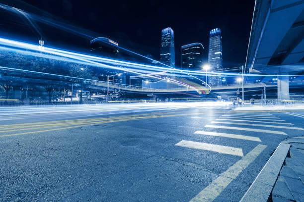 Städtischen Autobahn-Verkehr von Peking in der Nacht – Foto