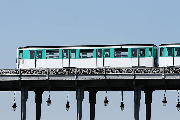 urban life - järnvägsvagn tåg bildbanksfoton och bilder