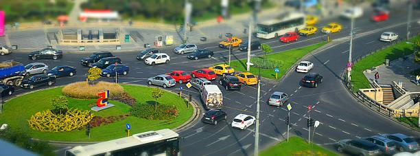 scène urbaine - rond point carrefour photos et images de collection