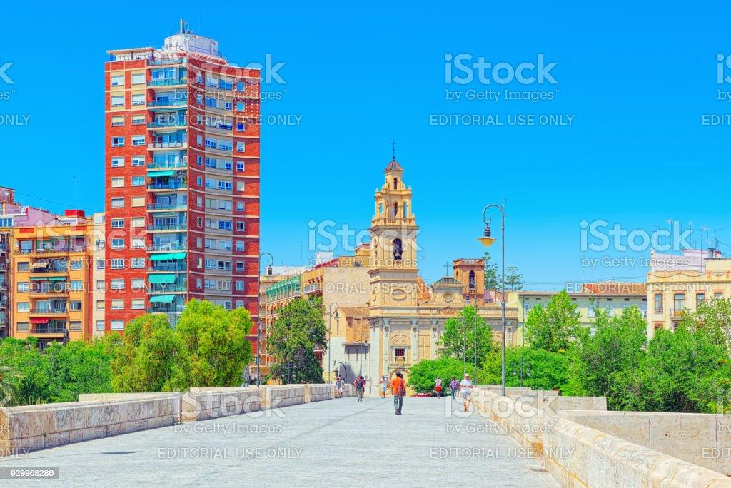 Haz contactos nuevos en Valencia
