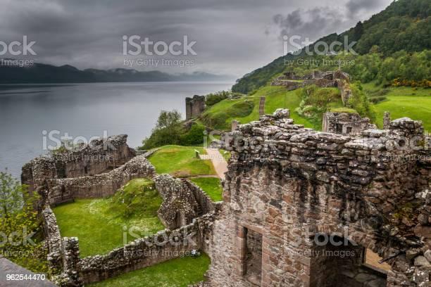 Foto de Ruínas Do Castelo De Urquhart e mais fotos de stock de Antigo