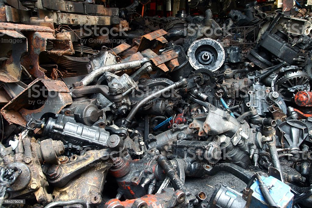 Used Car Engines >> Used And Surplus Car Engines And Other Car Parts Stock Photo
