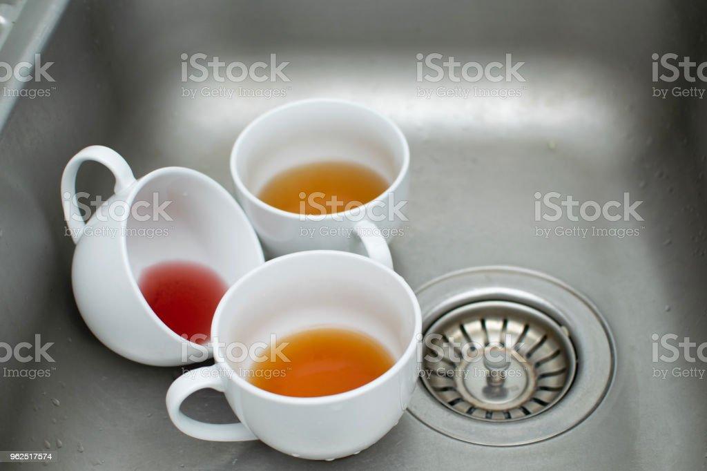 Usado copos de chá na pia - Foto de stock de Austrália royalty-free