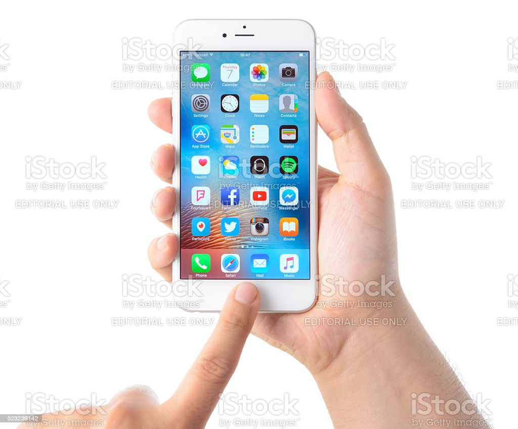 Using Apple Iphone 6 Plus Stock Photo More Pictures Of Adult Istock 6plus 16 Royalty Free